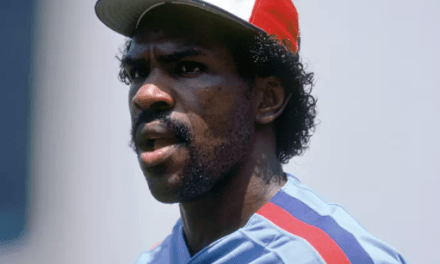 Andre Dawson of the Montreal Expos wins the National League Rookie of the Year Award by one vote