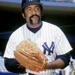 Boston Red Sox ace Luis Tiant signs a free agent contract with the rival New York Yankees