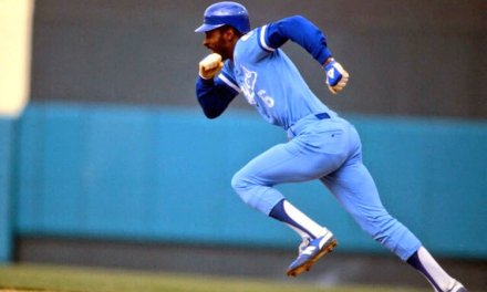 Willie Wilsonsteals second and third base in the 2nd inning ofKansas City's5 – 2 win over theAngels, giving him anAmerican League-record 28 consecutivestolen baseswithout being caught.Ron LeFlorehad set the previous record in1978.