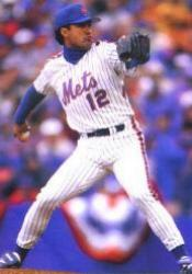 New York Mets trade popular Lee Maxxilli and acquire Ron Darling