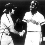 Tony Gwynn doubles off of southpaw Sid Monge for his first major league hit. The 22 year-old rookie outfielder, who will end his Hall of Fame career with 3,141 hits, goes 2-for-4 with a sacrifice fly in the Padres' 7-6 loss to Philadelphia at Jack Murphy Stadium.