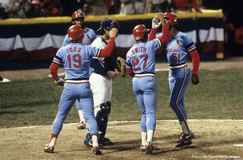 Willie McGee becomes the third rookie to hit two home runs in same World Series game