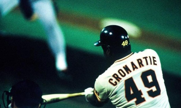 1983–Free agentWarren Cromartiesigns a reported three-year, $2.5 million contract to play for theYomiuri Giantsof thePacific League. The 30-year-old Cromartie, who hit .278 as a mainstay in theMontreal Expos'outfield last season, is arguably the best American player to jump toNippon Pro Baseballwhile still in his prime. He will play in Japan for seven seasons before returning for one more season in the major leagues with theKansas City Royalsin1991.
