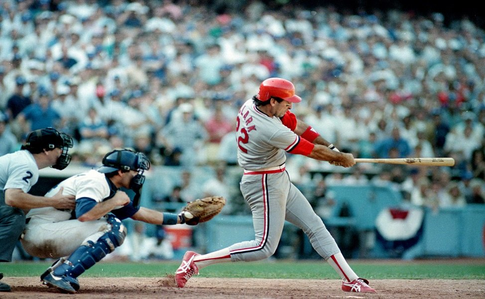 Jack Clark hits a three-run home run with two outs in the ninth inning, giving the St. Louis Cardinals a 7-5 victory