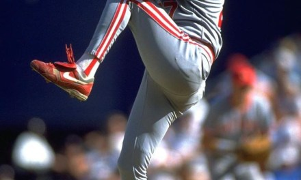 Cincinnatitrades OFDave Parkerto theA'sfor pitchersJose RijoandTim Birtsas,