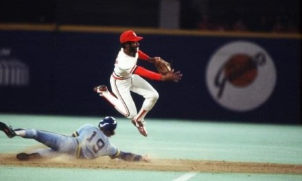 Ozzie Smith takes part in the 1,554th twin killing of his career to set a new big league record for double plays. The Cardinals' shortstop's wizardry isn't enough to prevent the Redbirds' 7-6 loss to the Dodgers at Busch Stadium.