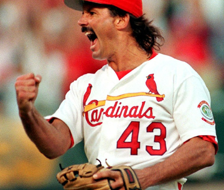 St. Louis Cardinals complete a long-rumored swap, acquiring closer Dennis Eckersley from the Oakland Athletics