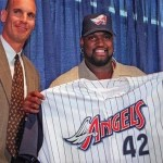 The Anaheim Angels sign free agent first baseman Mo Vaughn to a six-year contract, a year longer than the Boston Red Sox were willing to give Vaughn.