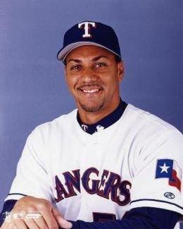 Texas RangersoutfielderJuan Gonzalezis named theAmerican League MVP for a second time