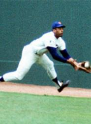 New York Mets center fielder Tommie Agee makes two spectacular catches against the Baltimore Orioles in Game Three of the World Series