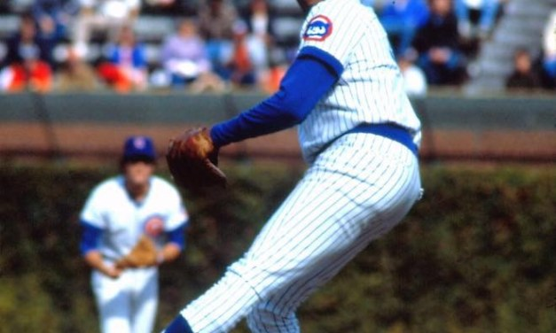 Ferguson Jenkins is the 7th player to reach the plateau, but loses the game, 2 – 1.
