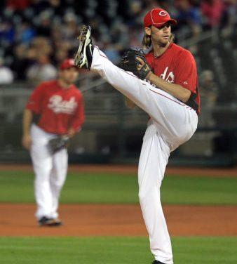 TheBoston Red Soxtrade pitcherBronson Arroyoto theCincinnati Redsin exchange for outfielderWily Mo Peña