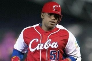 The A's sign OF Yoenis Cespedes to a four-year contract worth $36 million