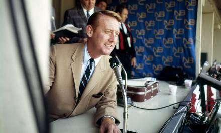 Vin Scully serves as grand marshall for tournament of roses parade