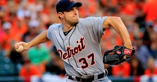 Reports circulate that the prime free agent of this off-season, P Max Scherzer, has agreed on a seven-year deal with the Washington Nationals. Terms of the deal released the next day indicate it is worth $210 million.