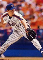 The New York Mets sign veteran pitcher David Cone to a minor league contract