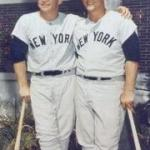 Roger MarisandMickey Mantlehit home runs on back-to-back pitches fromCurt Simmonsof theSt. Louis Cardinals, andJoe Pepitonebelts agrand slam. New York wins, 8 - 3, at St. Louis and evens the Series.