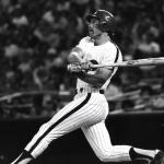 Mike Schmidt hits 500th career homerun