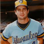 Paul Molitor slugged a home run with two out in the ninth inning, to extend his hitting streak to 28 games
