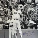Carl Yastrzemski collects his 3,000th hit against Jim Beattie and Yankees
