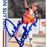 Don Sutton autographed baseball card (Houston Astros) 1982 Topps #306