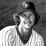 Hall of Famer Robin Yount steps down as bench coach for the Milwaukee Brewers