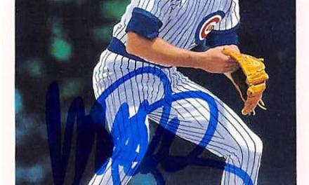 Chicago Cubs Ryne Sandberg's errorless game streak at second base comes to an end after 123 games and 584 chances