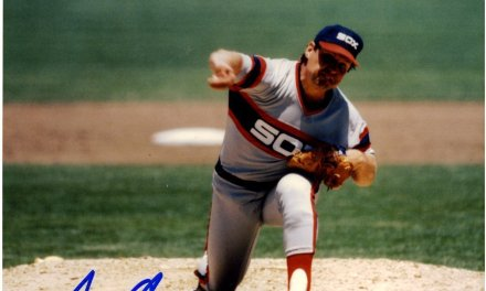 White Sox right-hander Tom Seaver becomes the 17th player in major league history to record his300th victorywhen he six-hits New York at Yankee Stadium, 4-1. All of the Bronx Bombers hits are singles.