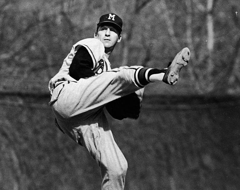 TheBraves'Warren Spahnbecomes the first lefty to win 20 or more games nine times, as he beatsSt. Louis, 8 – 2