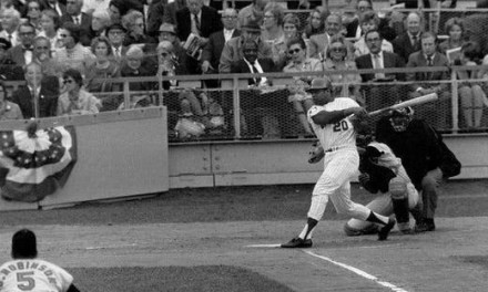 Tommie  Agee Saves the Mets in Game 3 of World Series
