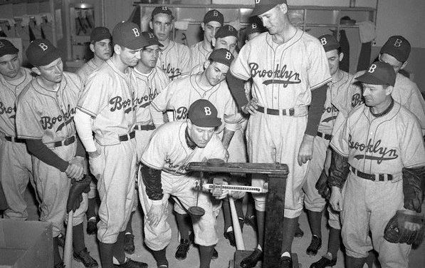 Leo Durocher weighs in Curt Davis 1945 Spring Training