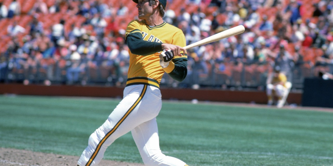 Oakland's Dave Kingman becomes the 21st player to hit 400 career home runs, belting a two-run shot off Matt Young in the 1st inning of the A's 11 – 5 win at Seattle.