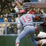 Dick  Allen hits walk off inside park hr when Jimmy Wynn crashes into the wall.