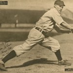 It's a day for thievery as theCubssteal home three times in a game atBoston, tying a major league mark. They waste no time, asJohnny EversandDel Howarddo it in the 1st inning, andSolly Hofmanin the 2nd. Chicago wins, 11 - 6.