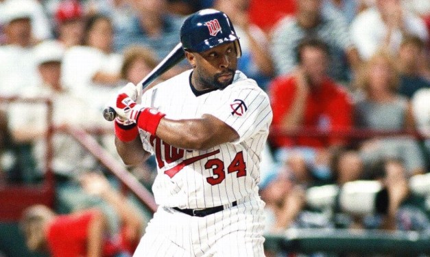 Kirby Puckett strokes 6 hits second time in his career