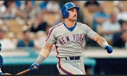 With his 30th stolen base, Mets third baseman Howard Johnson becomes the first National League infielder to become a member of the 30-30 club. The other players in the Senior Circuit to have 30 home runs and 30 stolen bases in the same season are outfielders Willie Mays, Hank Aaron, Bobby Bonds, Dale Murphy, and Eric Davis.