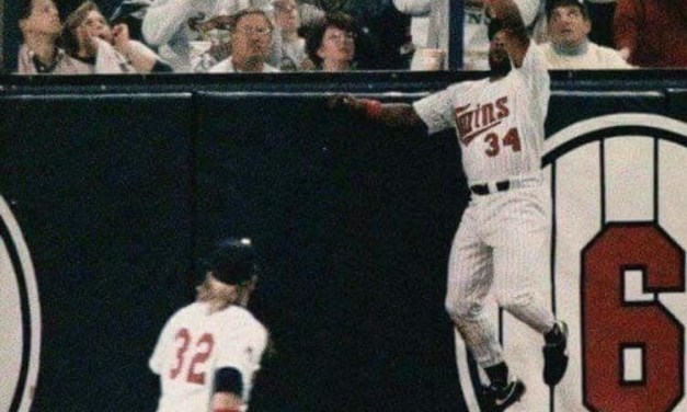 1989–Free agentoutfielderKirby Puckettre-signs with theMinnesota Twinsfor $9 million over three years, making him the first major league player ever to sign a contract that calls for an average salary of $3 million per year.