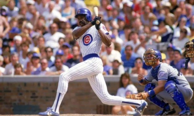 Andre Dawson gets his 2,000th career hit in the Cubs' 6 – 5 loss to Houston