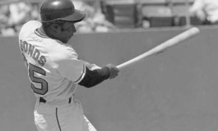 Bobby Bondsleads off with a home run his 22nd leadoff home run, breakingLou Brock'sNational Leaguerecord.