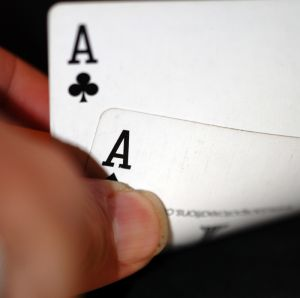 two aces poker how to play poker