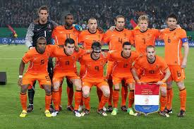 Netherlands 2 Chile 0 World Cup 2014