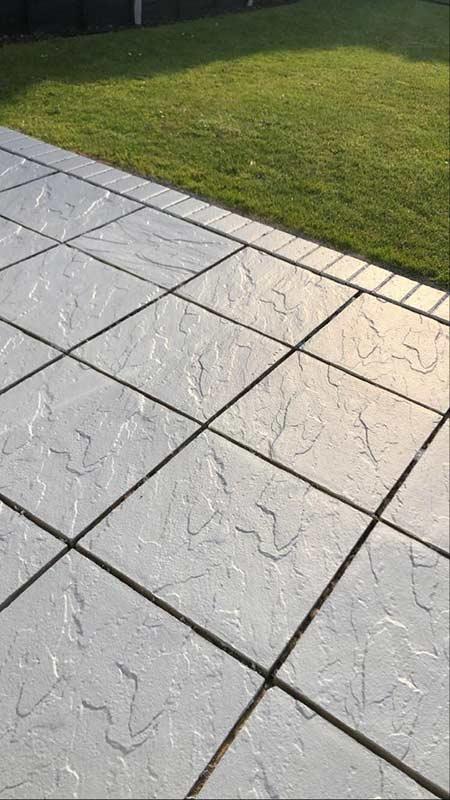 https thisgirlcanorganise com how to paint your garden slabs
