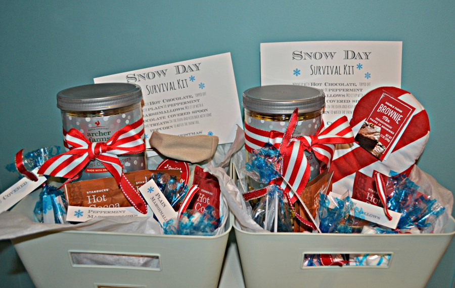 DIY Snow Day Survival Kit   thisgratefulmama.com