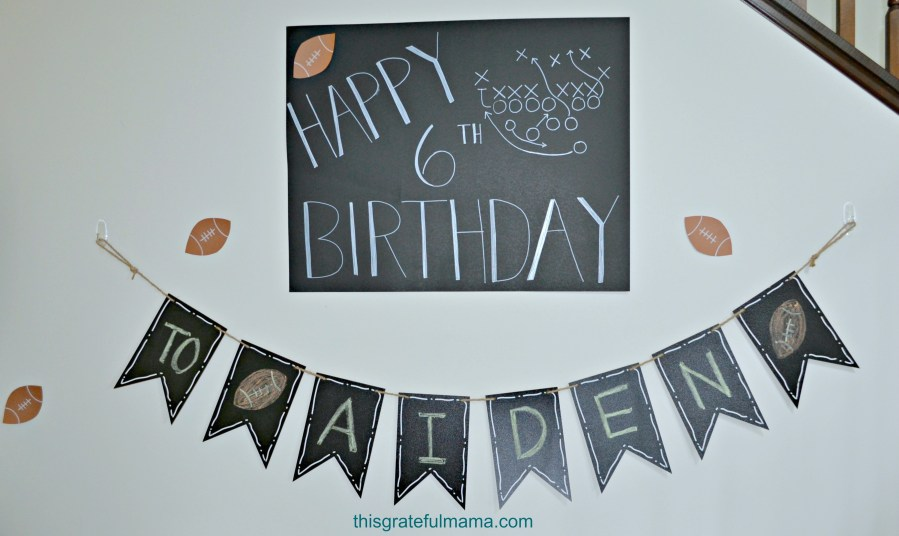 Kids Football Themed Birthday Party Decorations | thisgratefulmama.com