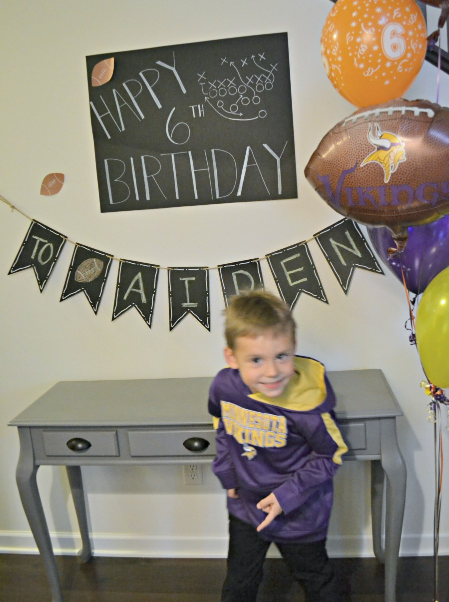 Kids Football Themed Birthday Party Decorations | thisgratefulmama.com