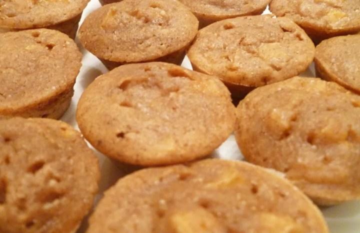 Apple Pie Cake Bites