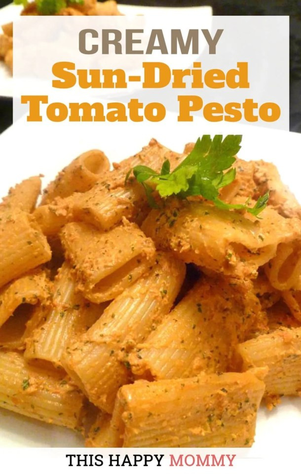A quick and easy pasta sauce made with only 4 ingredients. No one will believe that this rich, creamy, and healthy pasta sauce is so easy to make. With a smokey, sun-dried tomato flavour, Creamy Sun-Dried Tomato Pesto Pasta is a family favourite recipe. | healthy pasta recipe | easy pesto pasta recipe | #recipe #pasta #healthypasta #healthyrecipe | thishappymommy.com
