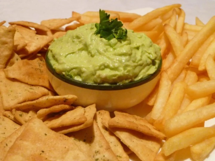 Avocado Cream Sauce -- Rich and creamy avocado sauce perfect for tortilla chips, salmon, chicken, steak, or french fries.   thishappymommy.com