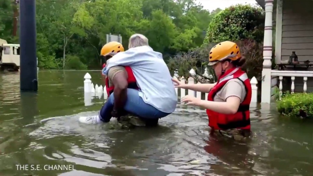 Hurricane Harvey : People Lost EVERYTHING…. Stop Complaining