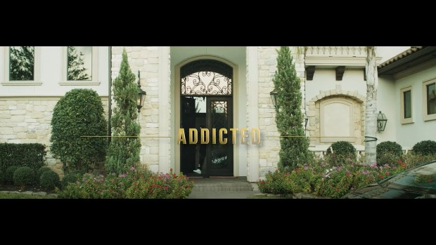 """Sean Kiez – """"Addicted"""" ft. Jucee Froot (Official Video)"""